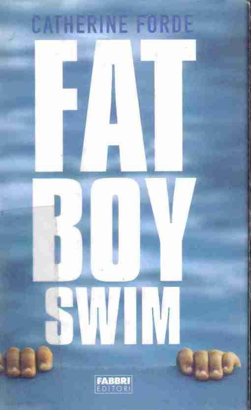 Copertina del libro con l'immagine di una piscina sullo sfondo del tittolo