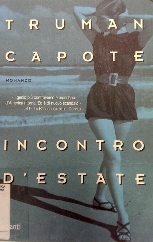 Copertina del libro con l'immagine di una ragazza sulla spiaggia che guarda verso il mare