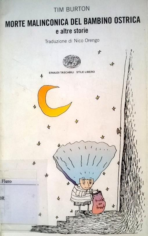 Copertina del libro con l'immagine di una strano esserino sotto un cielo con la luna e le stelle