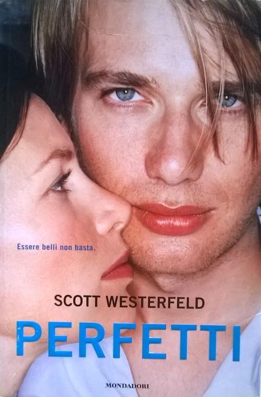 Copertina del libro con l'immagine di una ragazza ripresa di profilo e accanto a lei un ragazzo che guarda dritto verso l'obbiettivo