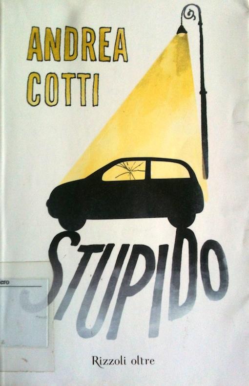 Coperina del libro con il disegno di una macchina illuminata dalla luce di un lampione