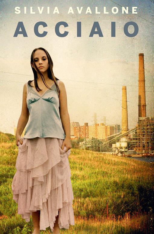 Copertina con l'immagine di una ragazza in primo piano, mentre sullo sfondo si intravede un paesaggio urbano