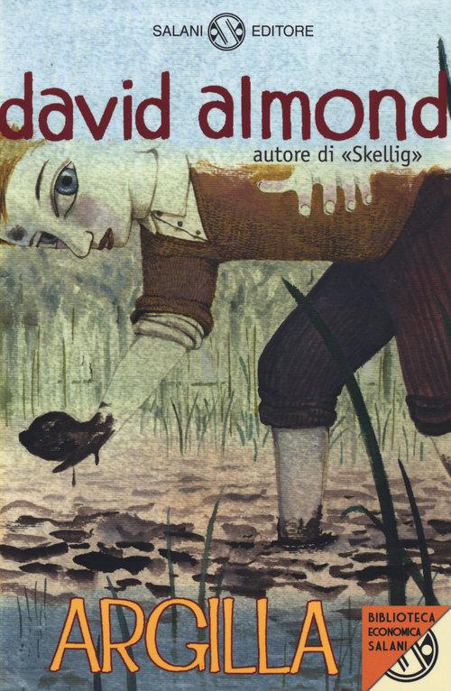 Copertina del libro con l'immagine di un ragazza chino che raccoglie dell'argilla da terra