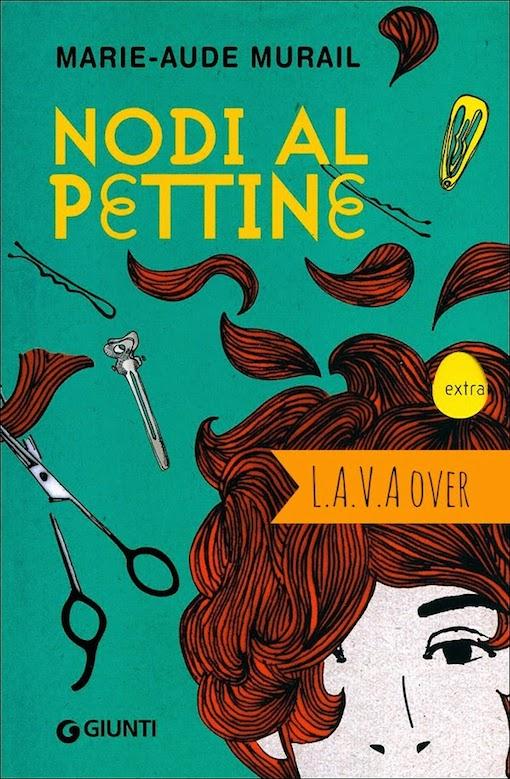 Copertina del libro con l'immagine di una donna a cui stanno tagliando i capelli