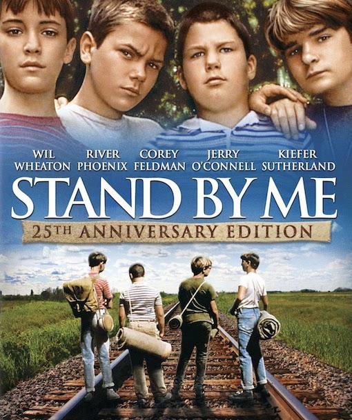 Locandina del film con l'immagine di quattro ragazzi presi di spalle che camminano insieme su una strada
