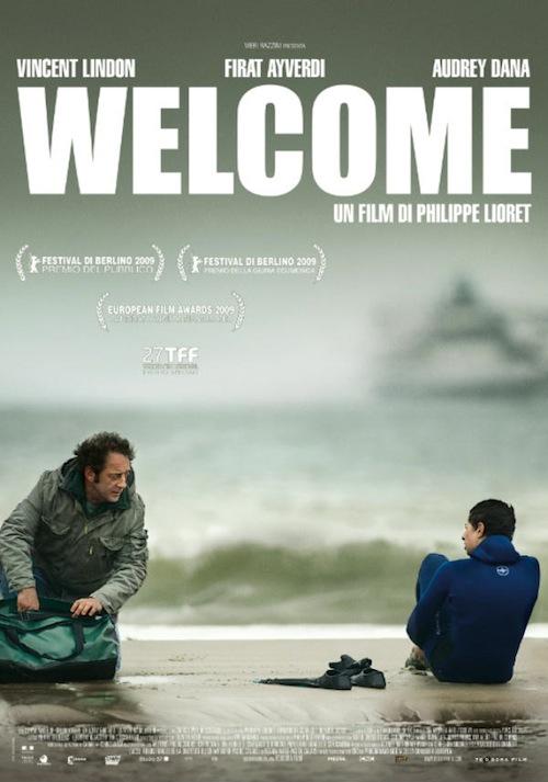 locandina del film con un uno e un ragazzo sullo sfondo il mare