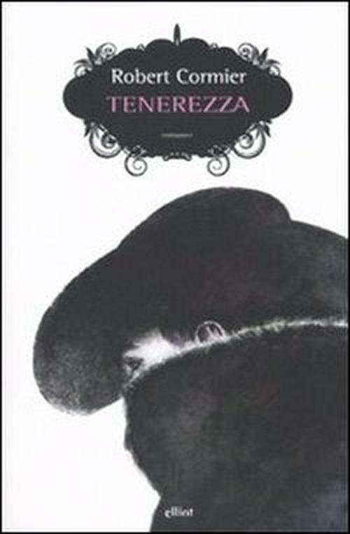 copertina del libro che illustra una figura scura con il bavero alzato sul viso