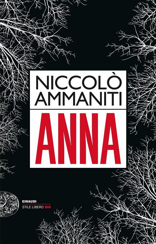 Copertina del libro nera con decori bianchi che sembrano rami d'albero ripresi dal basso